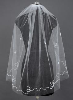 Een-rij Vingertop Bruids Sluiers met Gesneden Rand (006039805)