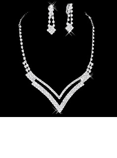 Gorgeous Alloy/Rhinestones Women's Jewelry Sets (011006985)