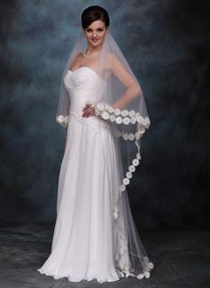 One-tier Chapel Bridal Veils With Lace Applique Edge (006005409)