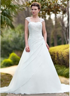 Ball-Gown Sweetheart Chapel Train Chiffon Wedding Dress With Ruffle Lace Beading (002011638)