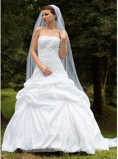 One-tier Cathedral Bridal Veils With Cut Edge (006024432)