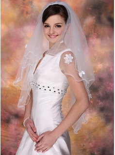 Two-tier Elbow Bridal Veils With Scalloped Edge (006020341)