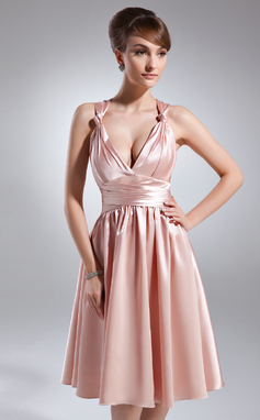A-Line/Princess V-neck Knee-Length Charmeuse Bridesmaid Dress With Ruffle (007025889)