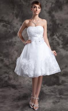 Трапеция/Принцесса В виде сердца Длина до колен Органза Свадебные Платье с кружева Бисер Цветы (002024066)