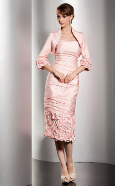 Sheath/Column Strapless Knee-Length Taffeta Mother of the Bride Dress With Ruffle (008014495)