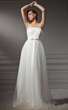 A-Line/Princess Strapless Sweep Train Tulle Wedding Dress With Ruffle Bow(s) (002011544)