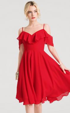 Vestidos princesa/ Formato A Decote V Coquetel Tecido de seda Vestido de boas vindas com Babados em cascata (022157230)