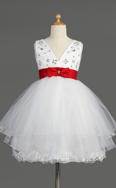 Empire Knee-length Flower Girl Dress - Satin/Tulle Sleeveless V-neck With Lace/Sash/Beading/Bow(s) (010014601)