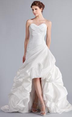 Vestidos princesa/ Formato A Amada Assimétrico Tafetá Vestido de noiva com Pregueado (002025339)