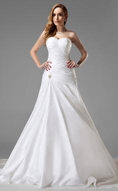 A-Line/Princess Sweetheart Chapel Train Taffeta Wedding Dress With Ruffle Crystal Brooch (002004225)