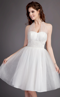 A-Line/Princess Halter Knee-Length Tulle Wedding Dress With Ruffle Lace (002016017)