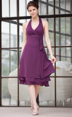 A-Line/Princess Halter Knee-Length Chiffon Bridesmaid Dress With Ruffle (016026252)
