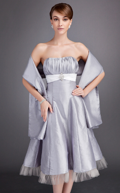 A-Line/Princess Sweetheart Tea-Length Taffeta Bridesmaid Dress With Ruffle Sash Crystal Brooch (007020952)