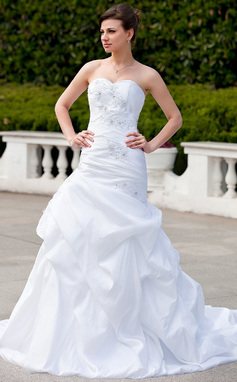 Trumpet/Mermaid Sweetheart Chapel Train Taffeta Wedding Dress With Ruffle Beading Appliques Lace (002000031)