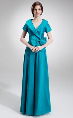A-Line/Princess V-neck Floor-Length Taffeta Mother of the Bride Dress With Ruffle Bow(s) (008006023)