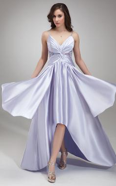 Corte A/Princesa Escote en V Asimétrico Charmeuse Vestido de baile de promoción con Volantes Bordado (018020957)