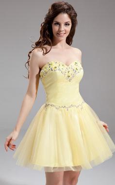 A-formet/Prinsesse Sweetheart Kort/Mini Tyll Ballkjole med Perlebesydd (022016306)