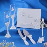 Ontwerp van de Vlinder Bruiloft Accessoire Set in Delicaat Hars (100025794)