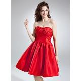 Vestidos princesa/ Formato A Coração Coquetel Tafetá Vestido de cocktail com Pregueado Curvado (016016002)