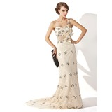 A-Line/Princess One-Shoulder Sweep Train Lace Mother of the Bride Dress With Ruffle Beading Sequins (008006250)