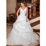 Ball-Gown V-neck Chapel Train Taffeta Wedding Dress With Ruffle Appliques Lace (002012799)