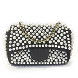 Charming Pearl Clutches (012215991)