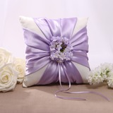 Floral Design Ring Pillow in Satin (103022565)