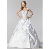 Платье для Балла В виде сердца Церковный шлейф Атлас Свадебные Платье с Вышито Рябь Бисер (002000485)