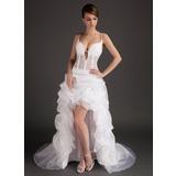 Трапеция/Принцесса V-образный асимметричный Органза Платье Для Выпускного Вечера с Кружева (018015507)