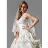 Een-rij Wals Bruids Sluiers met Lace Stoffen Rand (006005541)
