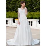 Vestidos princesa/ Formato A Decote V Cauda longa Tafetá Tule Vestido de noiva com Pregueado Renda Bordado (002011625)