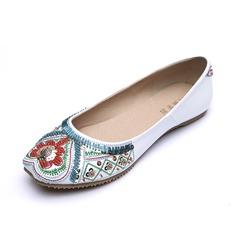 Kunstleder Flascher Absatz Flache Schuhe Geschlossene Zehe mit Perlen verziert Schuhe (086056678)