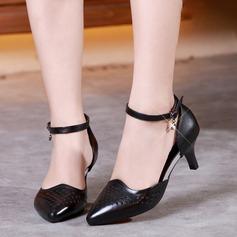 Mulheres Couro verdadeiro Salão de Baile com Oca-out Sapatos de dança (053143404)