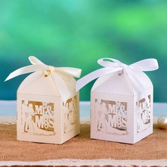 Sposa e Sposo Cuboide Scatole di Favore con Nastri (set di 12) (050039022)