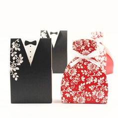 Tuxedo & Gown Favor Boxes With Bow (Set of 12) (050057663)