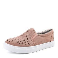 Женщины Замша Плоский каблук На плокой подошве Закрытый мыс с В дырочку обувь (086164477)