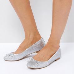Женщины Мерцающая отделка Плоский каблук На плокой подошве Закрытый мыс обувь (086152982)