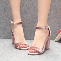 Женщины Устойчивый каблук Сандалии Открытый мыс с пряжка обувь (087116051)