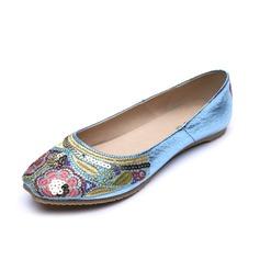 Kunstleder Flascher Absatz Flache Schuhe Geschlossene Zehe mit Niete Schuhe (086056683)