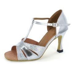 Vrouwen Patent Leather Hakken Sandalen Latijn met T-Riempjes Dansschoenen (053021925)