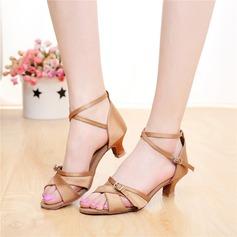 Женщины Атлас На каблуках Сандалии Латино с пряжка В дырочку Обувь для танцев (053108012)