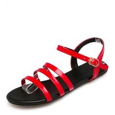 Женщины Лакированная кожа Плоский каблук Сандалии На плокой подошве с пряжка обувь (087157100)