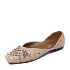 Женщины PU Плоский каблук На плокой подошве Закрытый мыс с заклепки обувь (086139697)