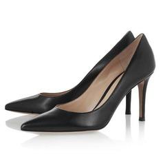 Couro verdadeiro Salto cone Bombas Fechados sapatos (085044470)