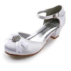 Women's Satin Low Heel Closed Toe Flats With Bowknot Rhinestone (047022835)