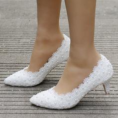 Vrouwen Kunstleer Stiletto Heel Closed Toe Pumps met Imitatie Parel Van Toepassing (047144218)