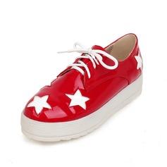 Vrouwen Kunstleer Flat Heel Flats Closed Toe schoenen (086089836)