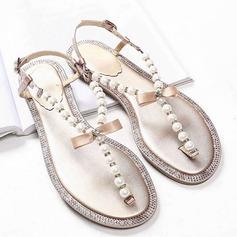 Mulheres Couro verdadeiro Sem salto Chinelos Peep toe Sandálias Beach Wedding Shoes com Bowknot Pérola Imitação Strass (047124044)