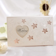 Style cœur Pli en 3 Invitation Cards (Lot de 50) (114032371)
