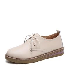 Женщины PU Плоский каблук На плокой подошве Закрытый мыс с Шнуровка обувь (086149311)